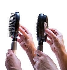 מברשת שיער ניקוי עצמי