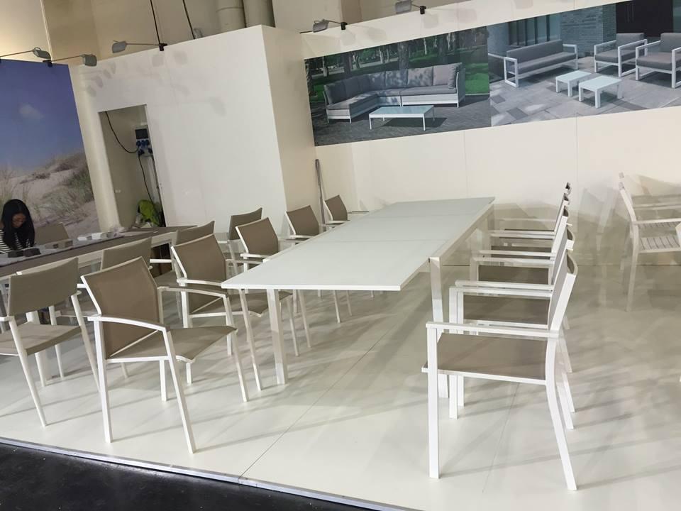 שולחן אלומיניום יוקרתי נפתח 100x150/225