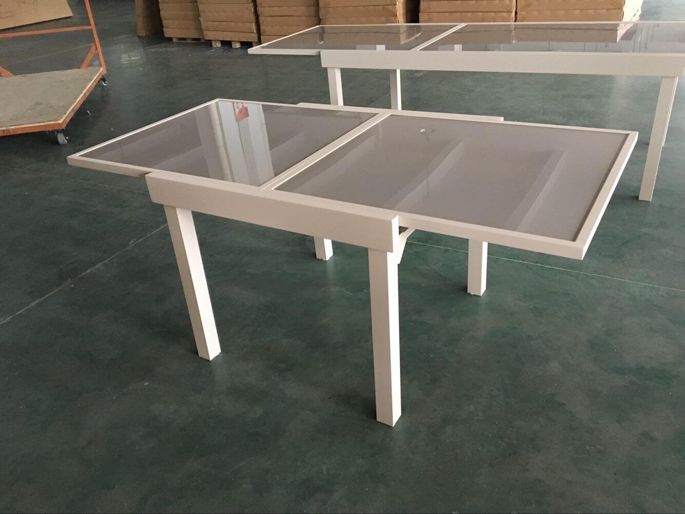 שולחן אלומיניום נפתח 90x90/180 צבע בז' + 4 כסאות מרופדים