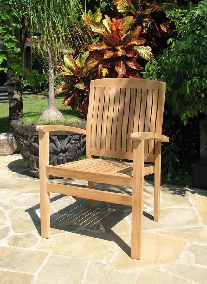 כסא עץ עם ידיות דגם JAVA