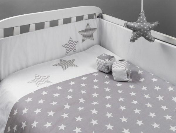כוכבים אפורים - סט מצעים בהזמנה אישית למיטת תינוק