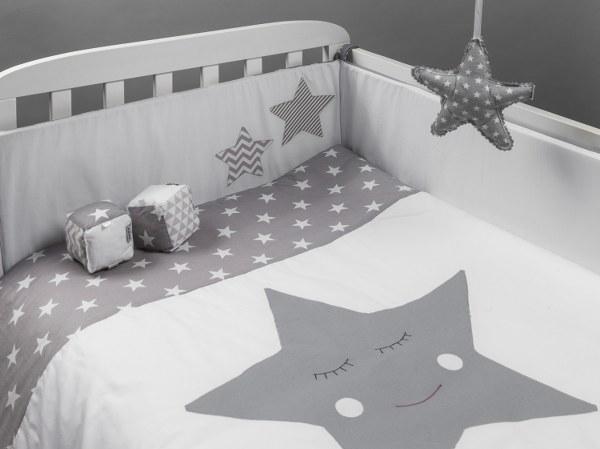 כוכב אפור - סט מצעים בהזמנה אישית למיטת תינוק