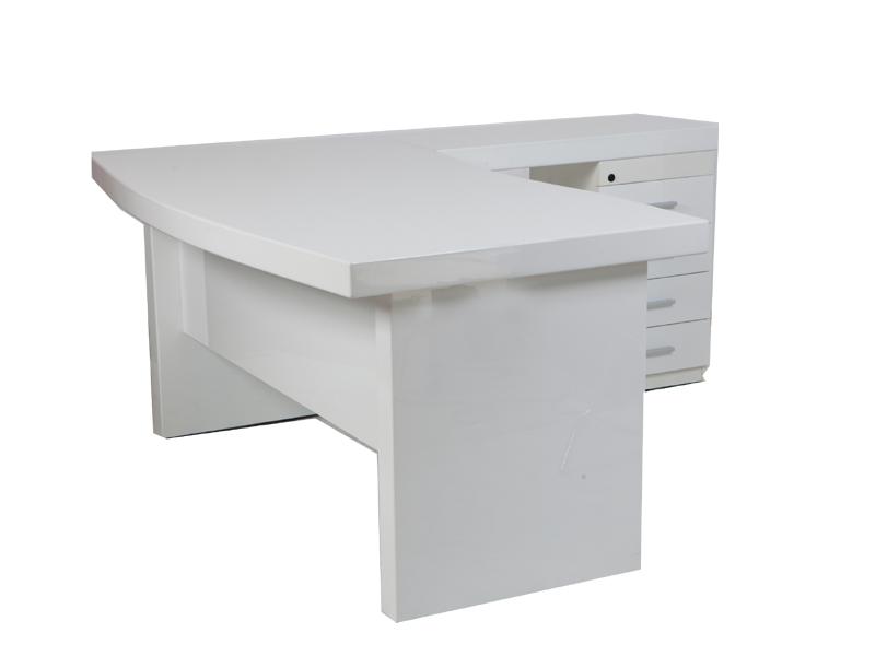 שולחן מחשב פינתי מעץ כולל שלוחה ורגל מגירות דגם קורנל
