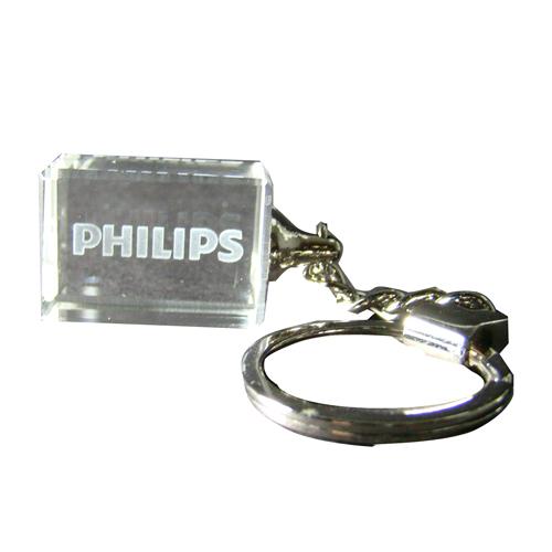 מחזיק מפתחות מזכוכית עם לוגו פנימי בצריבת לייזר