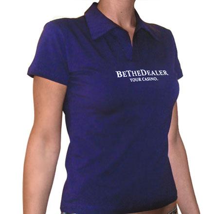 רקמה על חולצת פולו לנשים