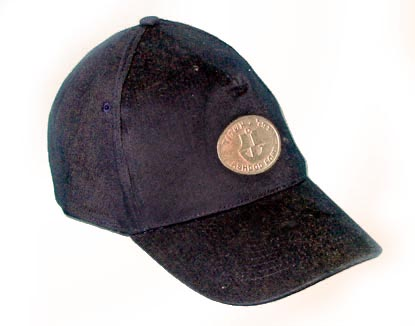 כובע עם סמל ממתכת | כובע עם מיתוג תוית עם לוגו מתכת