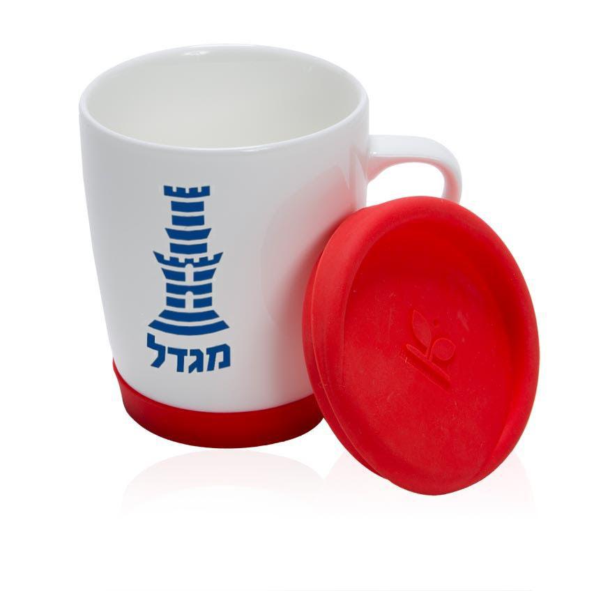 כוס עם מכסה