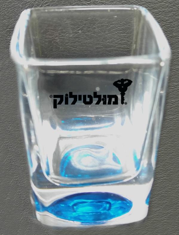 הדפסה על כוסות צ'ייסר