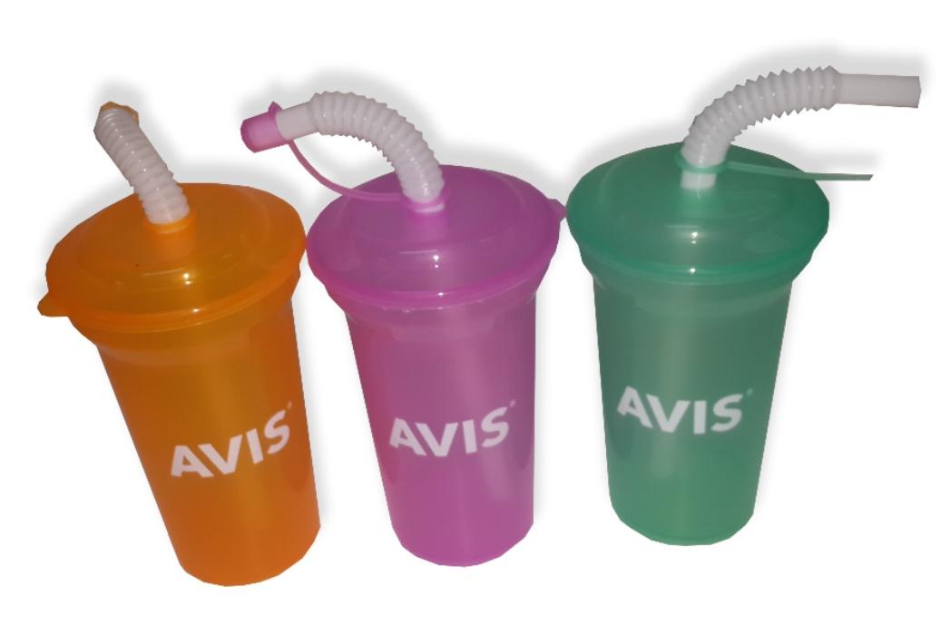 כוס עם קש | כוסות פלסטיק עם מכסה