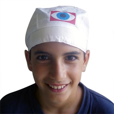 בנדנה לבנה עם לוגו צבעוני