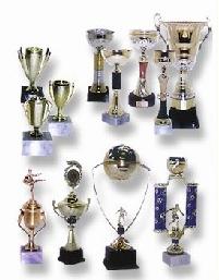 גביעים ומדליות | גביעי הוקרה,גביעים לאירעים