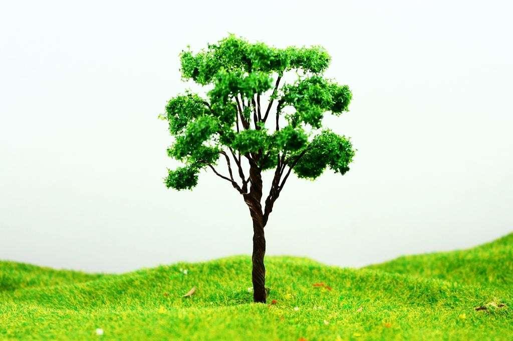 עץ גובה 8 ס'מ