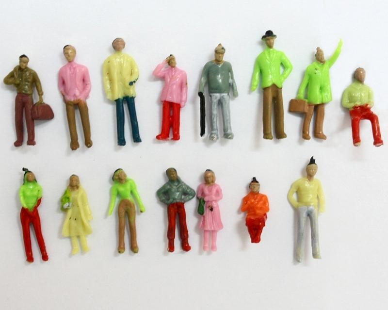 דמויות צבעוניות קנ
