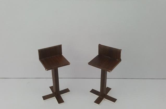 כסא בר דגם רפאל קנ''מ 1:25