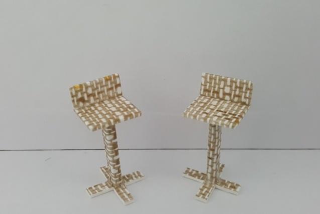 כסא בר דגם לירן קנ''מ 1:25