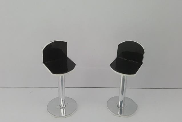 כסא בר דגם ערן קנ''מ 1:25