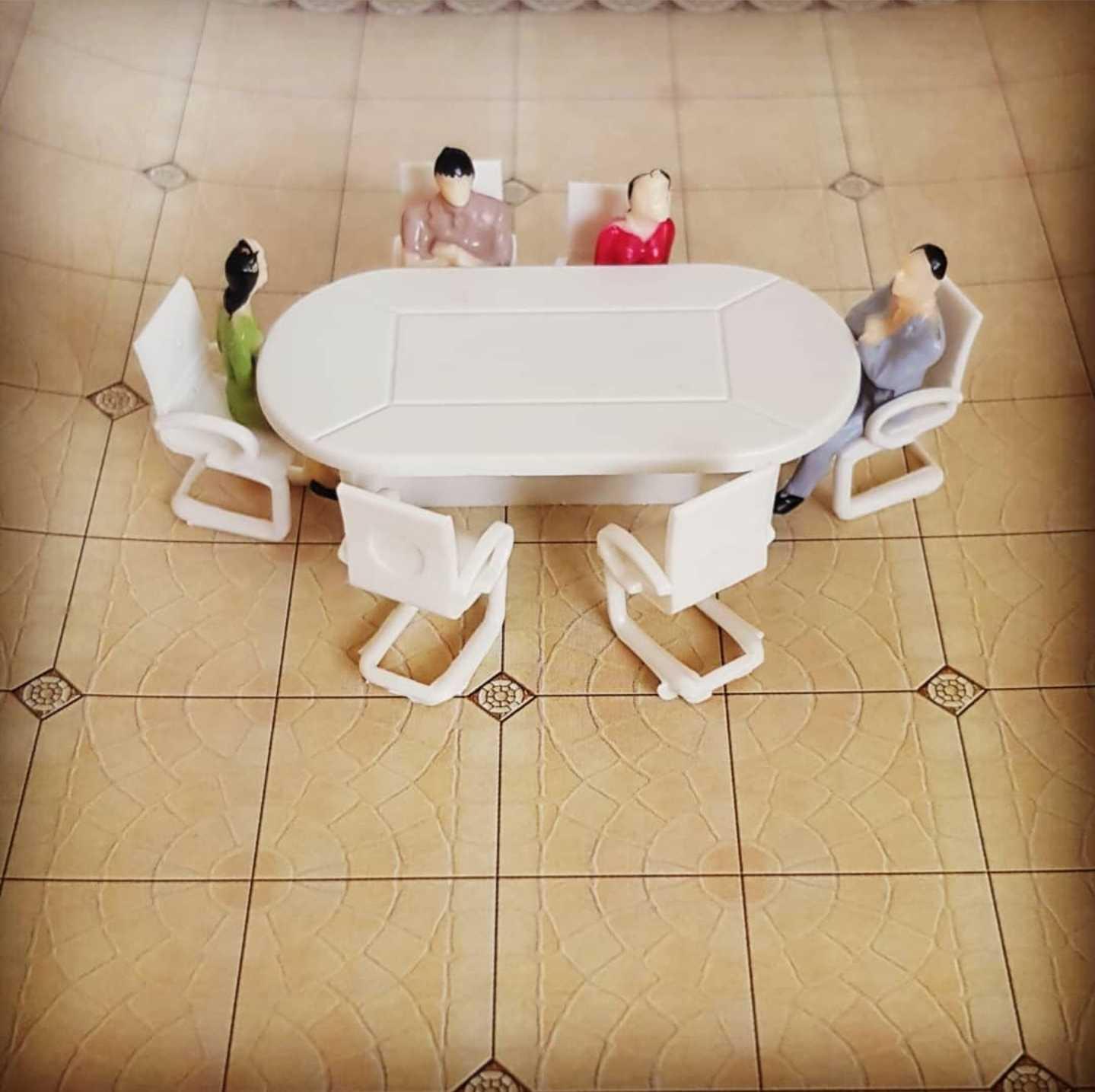 שולחן ישיבות + 6 כסאות  קנ