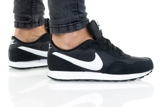 נעלי נייק ספורט נשים נוער Nike Md Valiant