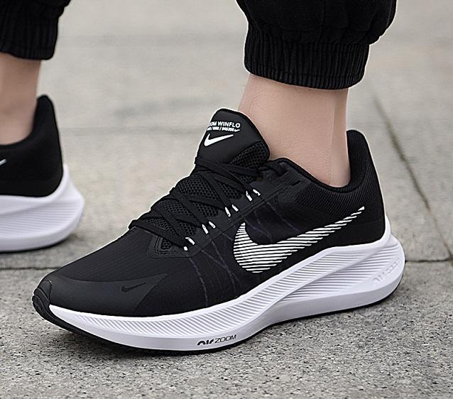 נעלי נייק ספורט ריצה גברים Nike Air Zoom Winflo 8