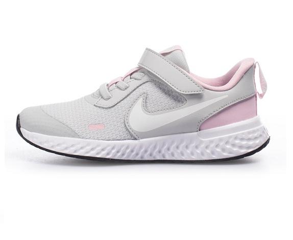 נעלי נייק ספורט ילדות Nike Revolution 5