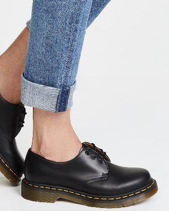נעלי דוקטור מרטינס אוקספורד חצאיות  Doctor Martens Oxford
