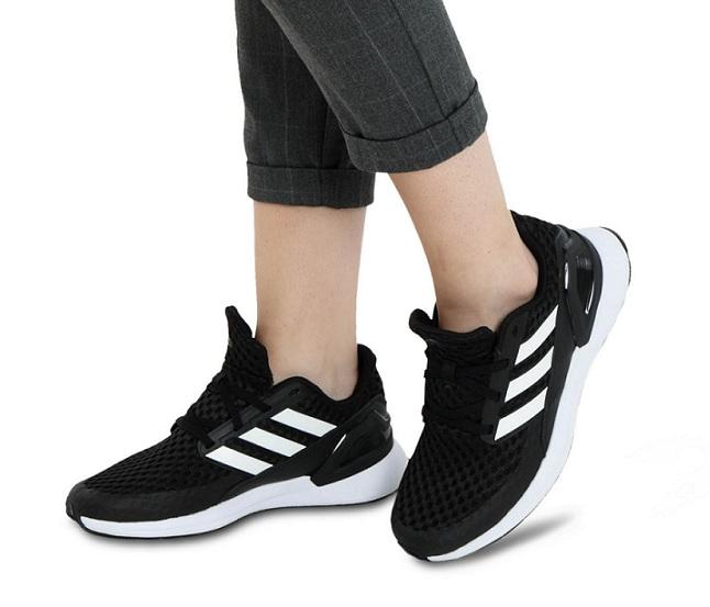 נעלי אדידס ספורט נשים נוער Adidas RapidaRun