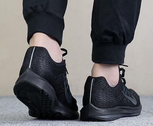 נעלי נייק ספורט גברים Nike Air Zoom Winflo 5