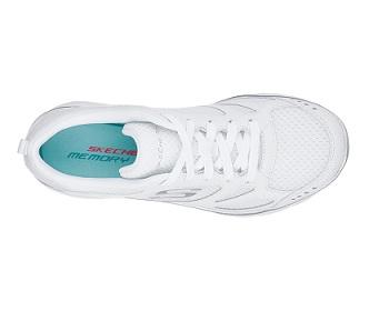 נעלי סקצ'רס ספורט נשים Skechers Summits Suited
