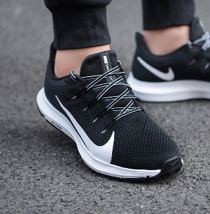 נעלי נייק ספורט גברים Nike Quest 2