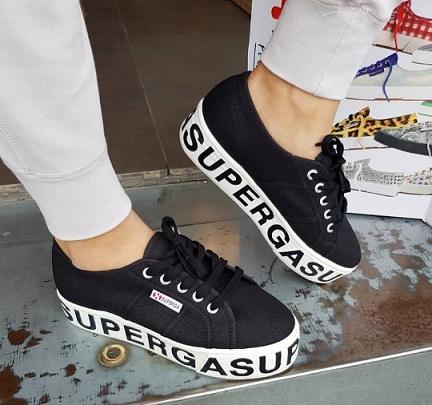 נעלי סופרגה פלטפורמה כיתוב נשים Superga Outsole Lettering  Platform