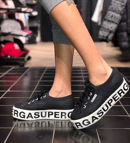 נעלי סופרגה פלטפורמה כיתוב נשים Superga Outsole Lettering  Platform - תמונה 2
