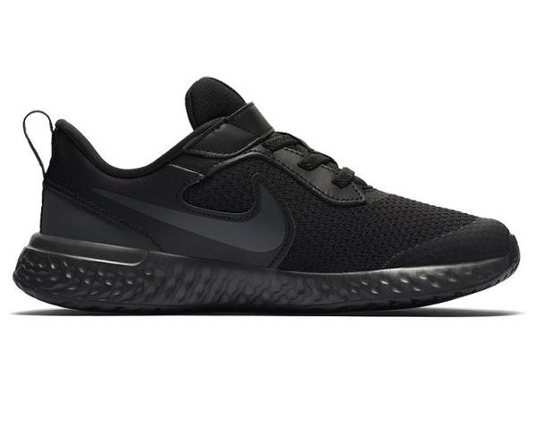 נעלי נייק ספורט ילדים Nike Revolution 5