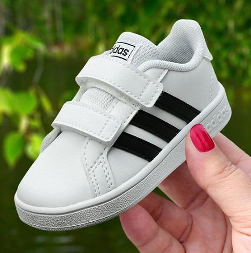 נעלי אדידס תינוקות Adidas Grand Court