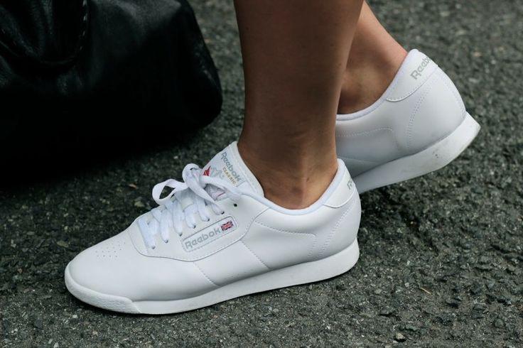 5bea727cc531 נעלי ריבוק פרינסס נשים REEBOK PRINCESS