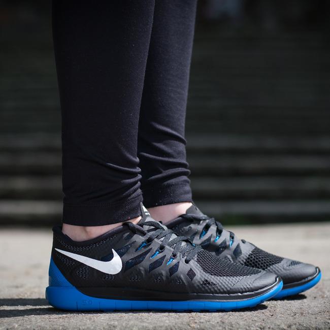 נעלי נייק ספורט ריצה נשים נוער NIKE FREE 5 - תמונה 5