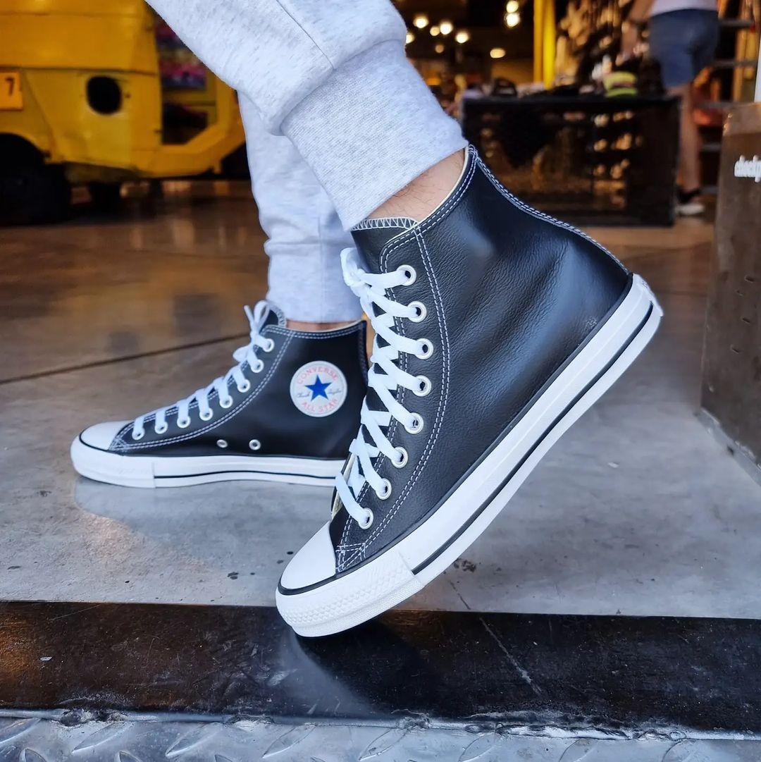 נעלי אולסטאר עור גבוה לבן ושחור נשים גברים Converse Leather