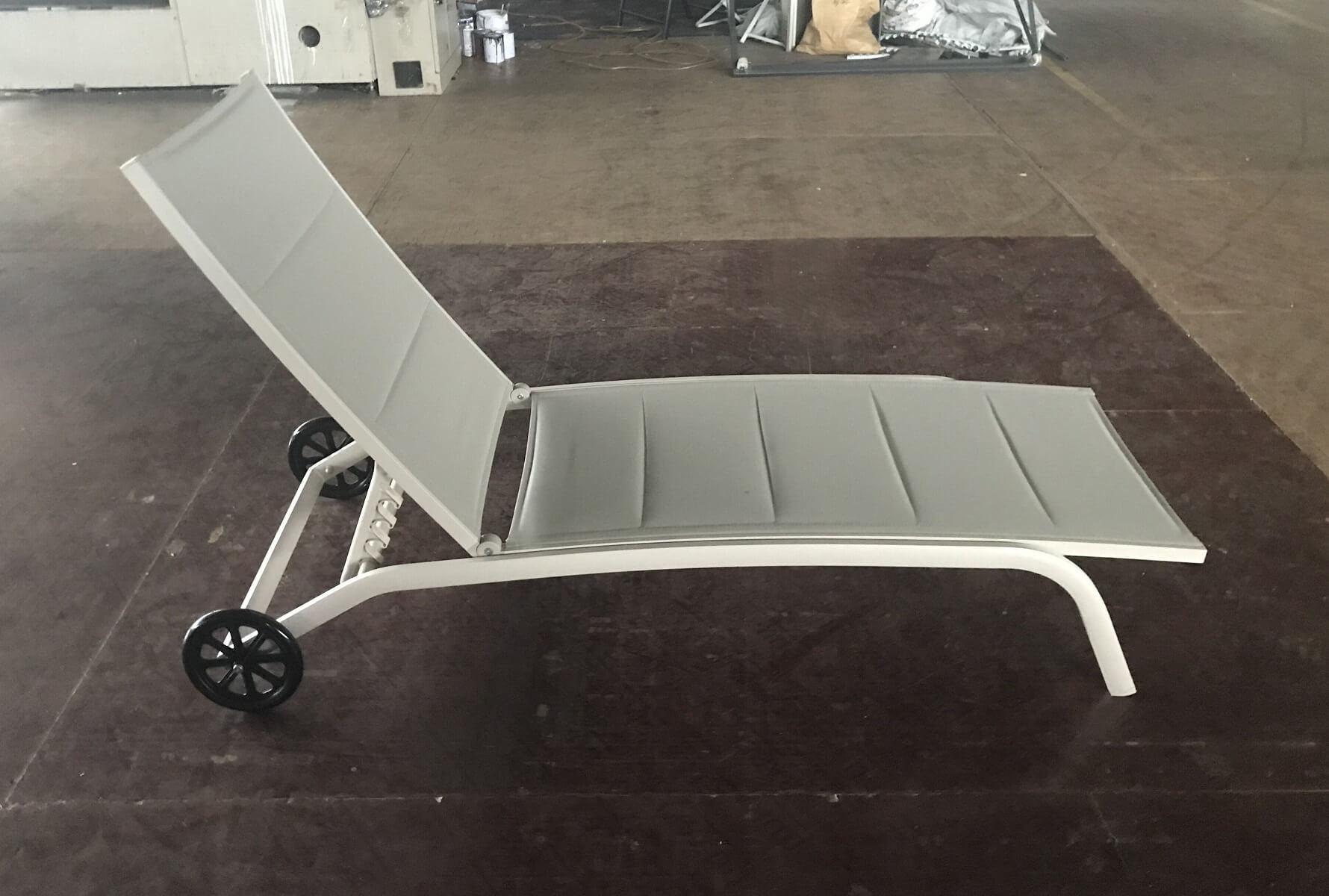 מיטת שיזוף עם גלגלים דגם SUNSET - תמונה 2