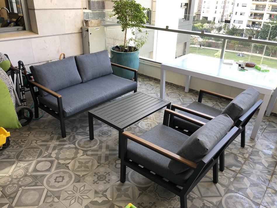 פינת ישיבה למרפסת מאלומיניום דגם PRAGUE אפור כהה