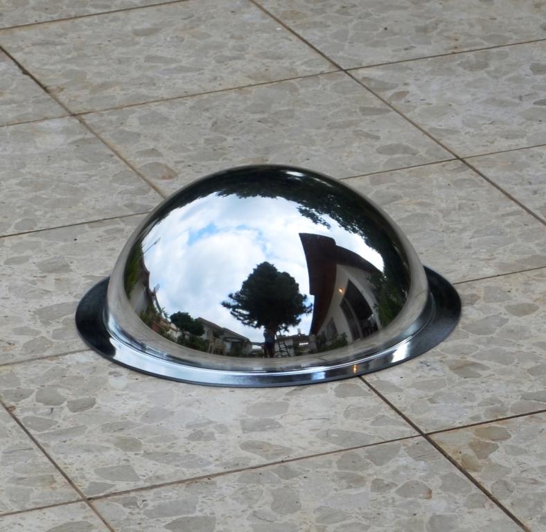 מראה חצי כדור לתלייה על התקרה קוטר 32 ס''מ Z2