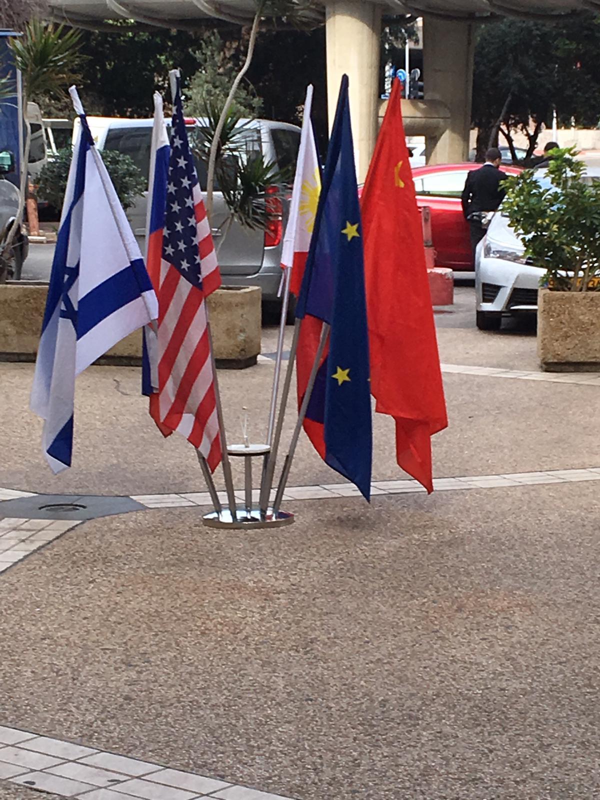 סטנד לדגל 2עד12קנים מניקל - תמונה 2