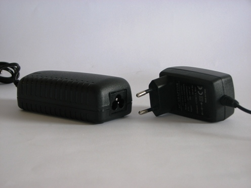 ספק כוח ממותג  5 אמפר שולחני