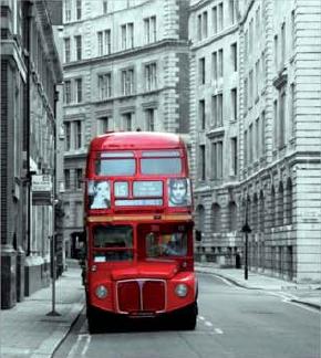 תמונת טפט קטנה לקיר - אוטובוס אדום