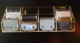 מתקן שולחני אקרילי ל12 להבים