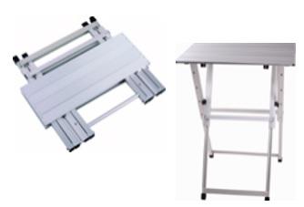 שולחן מתקפל קל מאלומיניום לתערוכות בינוני 76*50