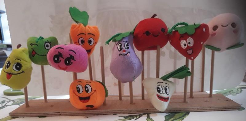 10 בובות אצבע (פירות וירקות)