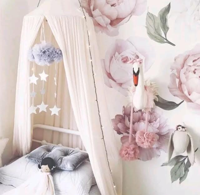 מובייל ענן טיפות ורוד לבן אקססוריז עיצוב חדר ילדים