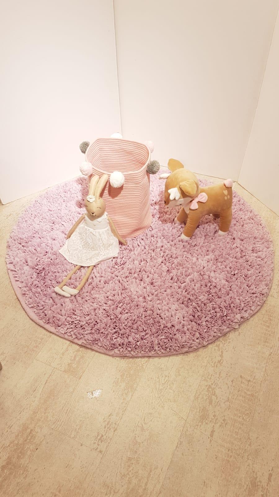 שטיח עגול לחדר ילדים סגול לילך בהיר 120 קוטר