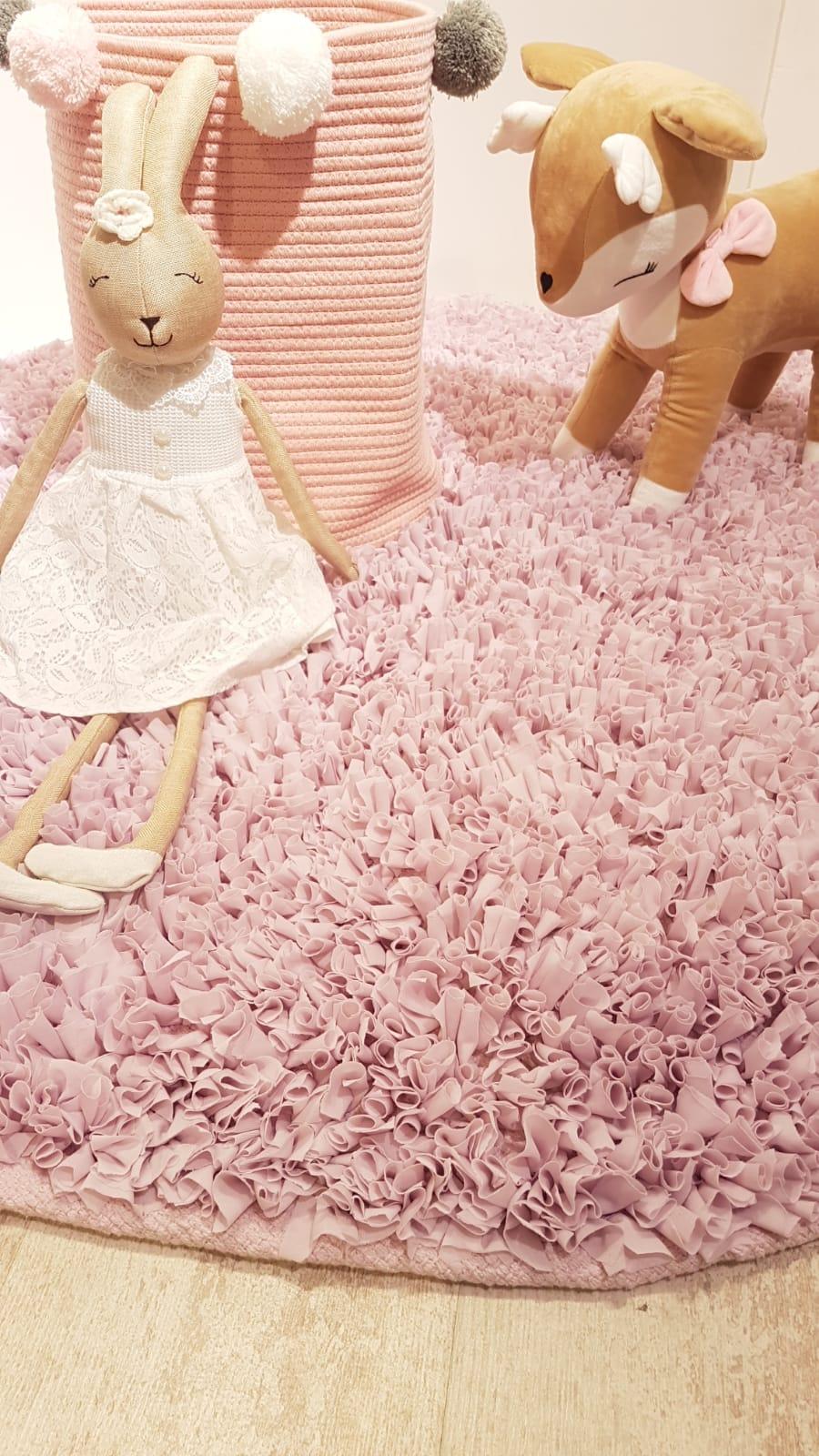 שטיח עגול לחדר ילדים סגול לילך בהיר 130 קוטר