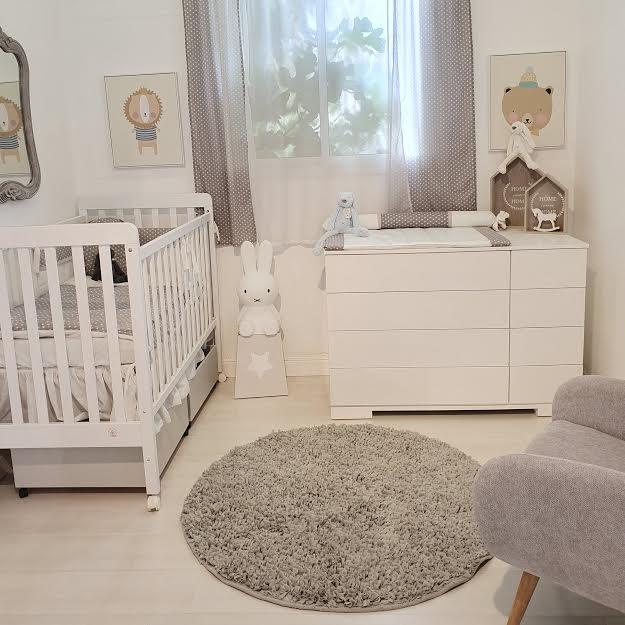 שטיח עגול לחדר ילדים אפור בהיר