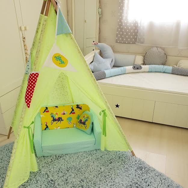 שטיח לחדר ילדים מלבני תכלת בהיר 140/200 ס